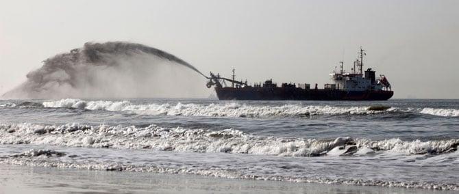 dredger-bulkhead-seals